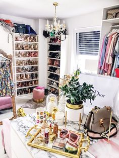office tour with my HUAWEI Plus - FashionHippieLoves Dream Closets, Dream Rooms, Ikea Pax, Dressing Room Design, Dressing Rooms, Glam Closet, Huawei P10, Closet Layout, Glam Room