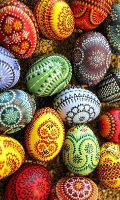 Handpainted Ukrainian pysanky eggs don't look ukr  - czech maybe?