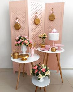 Outdoor Wedding Decorations, Birthday Decorations, Table Decorations, Diy Birthday Gifts For Friends, Bride Groom Table, Retro Housewife, Vintage Tea, Dinner Table, Plant Decor