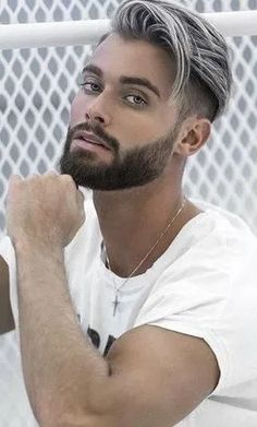 Check out the sexiest short beard and hairstyles combinations that will definitely be a game changer in 2019 for men out there. Braid Styles For Men, Hair And Beard Styles, Short Hair Styles, Trendy Mens Hairstyles, Boy Hairstyles, Trendy Hair, Popular Haircuts, Haircuts For Men, Barber Haircuts