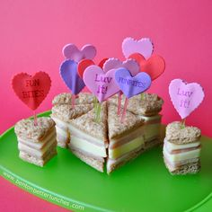 BentOnBetterLunches: A Hearty Snack, Sticker Fun & A FunBites Giveaway - You'll Luv it! for Valentine's Day Valentines Healthy Snacks, Valentine Desserts, Valentines Day Treats, Valentine Theme, Beignets, Kid Friendly Meals, Food Gifts, Bento, Kids Meals