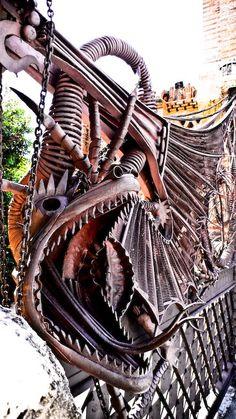 Antoni Gaudi's Dragon Gate at Finca Guell in Barcelona www.abchumboldt.com