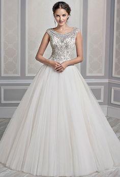 Brides: Kenneth Winston - Fall 2015. Wedding dress by Kenneth Winston