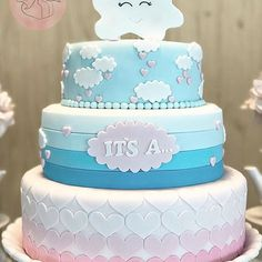 """É um menino!!!! JOAQUIM Convido vocês para juntos tomarmos um banho nessa """"Chuva de Amor""""!!! Belíssimo Chá De Revelação para os papais Amanda e Ronaldo!!! Lindooooooo bolo da @glaceeafeto Baby Shower Cakes, Cloud Party, Gorgeous Cakes, Reveal Parties, Gender Reveal, Cake Decorating, Projects To Try, Birthdays, Candy"""