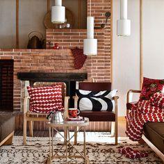 "Artek – suspension ""grenade à main"" – design Alvar Aalto Alvar Aalto, Marimekko, Mid-century Interior, Interior Design, Home Living Room, Living Spaces, Scandinavia Design, Scandinavian Home, Colorful Interiors"