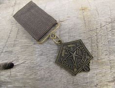 Military Grey Green Ribbon-Bronze Pentagon Medal Badge Brooch Custom Jewelry with safety pin for clothing decoration