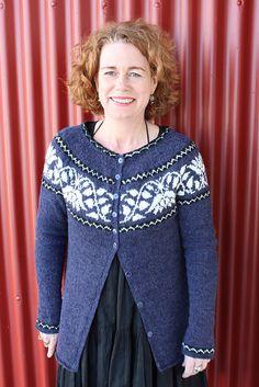 Ravelry: astas' Kristín Knitting Charts, Lace Knitting, Knitting Patterns, Ravelry, Handgestrickte Pullover, Hand Knitted Sweaters, Knitting Sweaters, Icelandic Sweaters, Fair Isle Pattern