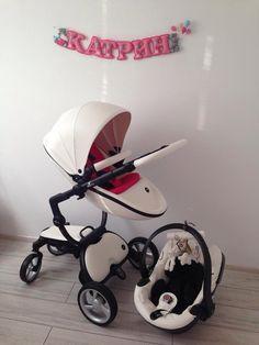 Milena in Bulgaria shared this photo of her daughter Katrin's Snow White xari and matching mima iZi Go car seat :)