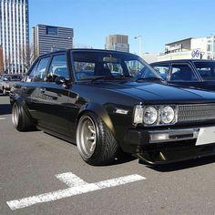 GUILLOTINE Corolla Ke70, Toyota Corolla, Tuner Cars, Jdm Cars, Toyota Rav, Mustang Cars, Car Tuning, Modified Cars, Retro Cars