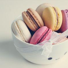 Macarons by lieveheersbeestje.deviantart.com