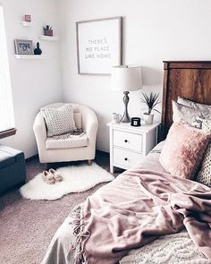 Chick bedroom space, pinks, whites and wooden features #decor#colours#bedroom