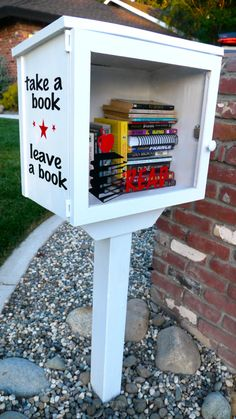 Create a My Little Free Library for your home! (vinyl added with the Silhouette)