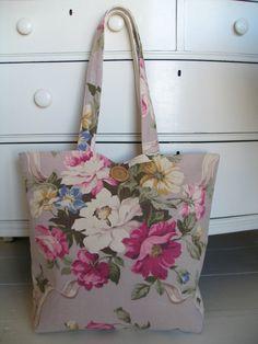 7b754127c27 Vintage barkcloth bag