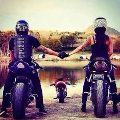 Ideas For Motorcycle Couple Love Dirt Bikes Biker Chick, Biker Girl, Couple Motard, Moto Enduro, Bike Couple, Motorcycle Couple Pictures, Couple Fun, Couple Ideas, Biker Love