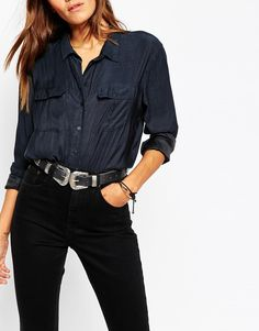 Been looking for a double buckle belt for ages! Love this one