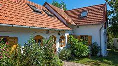 Gazdaságos fűtés nyaralókba, amely távolról is vezérelhető Pergola, Outdoor Structures, Outdoor Decor, Houses, Home Decor, Homes, Decoration Home, Room Decor, Outdoor Pergola
