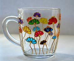 Mug flowers. Floral Mug. Hand painted. Coffee Mug. Unique Glass Painting Designs, Pottery Painting Designs, Paint Designs, Painted Coffee Mugs, Hand Painted Mugs, Stained Glass Flowers, Faux Stained Glass, Glass Bottle Crafts, Bottle Art