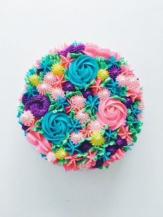 Piped Rainbow Buttercream Flower Cake Coco Cake Land - Cake - Food and drink Diy Birthday Cake, Adult Birthday Cakes, Birthday Cakes For Women, Happy Birthday, Bolo Floral, Floral Cake, Creative Cake Decorating, Creative Cakes, Decorating Ideas