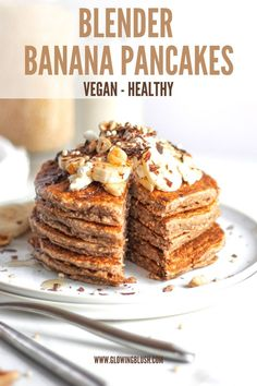 These vegan blender banana pancakes will become your new favorite recipe for quick and healthy breakfast/snack. #vegan #banana #pancakes #blender #easy #quick #healthy #sugarfree Vegan Banana Pancakes, Pancakes And Bacon, Pancakes Easy, Healthy Breakfast Snacks, Quick And Easy Breakfast, Savory Breakfast, Brunch Recipes, Vegan Recipes, Other Recipes