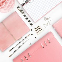 #filofax #notebook #organiser #journal #diary #pink #pretty #beautiful #organised #clipbook