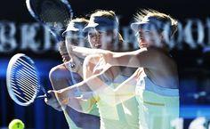 Australian Open 2013 - Foto tirada em múltipla exposição da russa Maria Sharapova durante jogo contra a compatriota Ekaterina Makarova