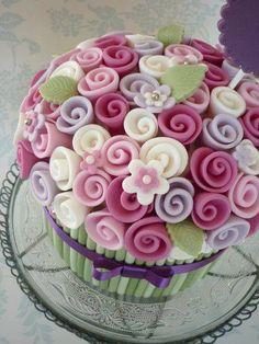 Cupcakes flower pot cake tutorial 38 Ideas for 2019 Giant Cupcakes, Cupcake Cookies, Cupcake Cupcake, Large Cupcake, Pretty Cakes, Cute Cakes, Beautiful Cakes, Cake Decorating Tutorials, Cookie Decorating