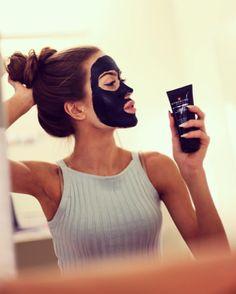 Love this black peel off mask from @decrusto! #decrusto #peeloffmask #peeloff #ansiktsmaske #blackmask #svartmaske #sortmaske #ad