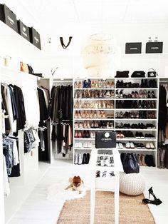 begehbarer kleiderschrank - wie sie die perfekte ordnung schaffen ... - Begehbarer Kleiderschrank Nutzlicher Zusatz Zuhause