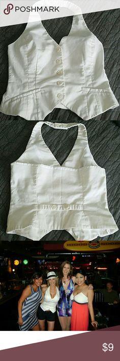 S H&M white halter vest White Tuxedo, Tuxedo Dress, H&m Tops, Fashion Design, Fashion Tips, Fashion Trends, Looks Great, Dress Up, Vest