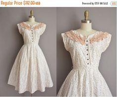 SHOP SALE... 50s Toni Todd floral neckline vintage cotton dress / vintage 1950s…