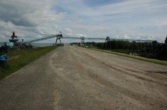 De Bailey-brug is er! Er wordt ge-McGyver-ed in DUIN om ongehinderd de 40.000 vrachtwagens met zand voor het eerste duin te laten rijden!