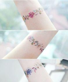"""Gefällt 7,763 Mal, 41 Kommentare - Tattooist Banul (@tattooist_banul) auf Instagram: """": Flower Bracelet 2 . . #tattooistbanul #tattoo #tattooing #flowertattoo #bracelet…"""""""