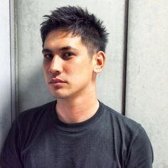 田中 翔による王道なワイルドショート。スタイリングのテクニックを、有名スタイリストが伝授。