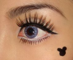 Minnie Mouse Retro Eye Makeup