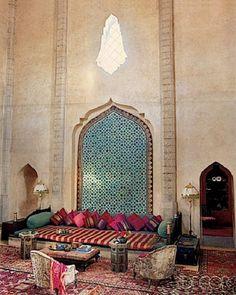 Beautiful Turkish Divan Rugs