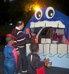 Simply Mommy: Trunk or Treat Idea - For My Van This Year (tentatively)