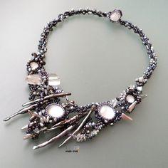 Pearl Galaxy http://leelabeads.net/ #freeform #beadwork