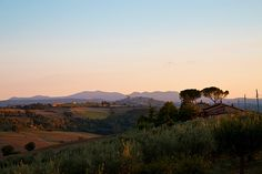 This photo from Perugia, Umbria is titled 'The last rays of Sun on Todi'. Umbria Italy, Tuscany, Cinque Terre, Family History, Rome, Sun, Vacation, Mountains, Photography