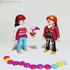 Flower power #playmobil #igers #iphoto #ig_daily #iphoneonly #iphonography #iphoneography #all_shots #macro #composition #moment #exposure #capture #game #fun #childhood