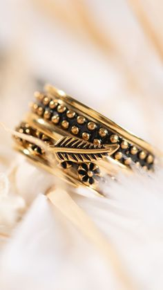 Vintage look iXXXi Jewelry ring vintage - Look - gold - goldplated - ixxxi jewelry - sieraden - jewelry - goud - ring - create your own ring Boho Festival, Bangles, Bracelets, Vintage Looks, Vintage Rings, Jewelry Rings, Create, Bracelet, Gemstone Rings