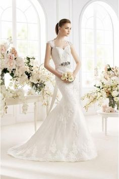 Classic & Timeless Wedding Dresses