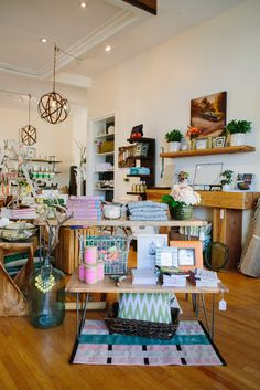 Our Latest Favorite Decor Shop — The Mason Jar #refinery29  http://www.refinery29.com/the-mason-jar#slide4  We want it all.