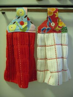 Sewing Projects for The Home - Hanging Dishtowels  -  Free DIY Sewing Patterns, Easy Ideas and Tutorials for Curtains, Upholstery, Napkins, Pillows and Decor http://diyjoy.com/sewing-projects-for-the-home