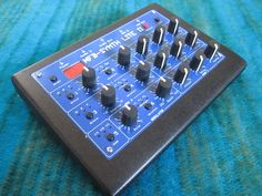 MATRIXSYNTH: MFB Synth Lite II Synthesizer SN 08577