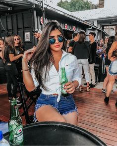 Melhor insta de look 🌺✨ Sigam Sigam Sigam Cute Casual Outfits, Short Outfits, Summer Outfits, Girl Outfits, Fashion Outfits, Fashion Tips, Girl Photo Poses, Girl Photos, Plus Size Blog