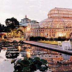 NYC - Brooklyn Botanical Garden, New York City.  Rent-Direct.com - No Fee Apartment Rentals in New York City