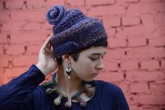 (c) Natalia Rivo 2015 Gallery.ru / foto - Elena Kvita - Available - в наличии NOTE I see a knit hat with a flower on top - mjm Knitted Hats, Crochet Hats, Freeform Crochet, Different Shapes, My Works, Addiction, Winter Hats, Handmade Jewelry, Note