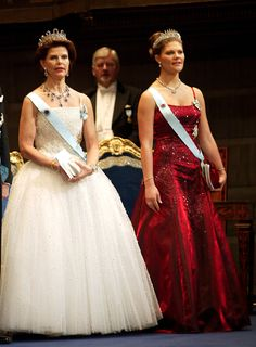 Crown princess Victoria and Queen Silvia at the Nobel-prize ceremony and banquette in 2001 Victoria's dress is by Lars Wallin