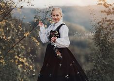 » Konfirmant Victorian, Dresses, Fashion, Pictures, Gowns, Moda, La Mode, Dress, Fasion