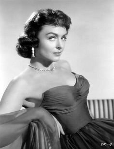 "Donna Reed for ""From Here to Eternity"" Best Supporting Actress Oscar 1953 jewelry by Joseff of Hollywood Hollywood Stars, Old Hollywood Movies, Golden Age Of Hollywood, Vintage Hollywood, Hollywood Glamour, Hollywood Actresses, Classic Hollywood, Classic Actresses, Female Actresses"